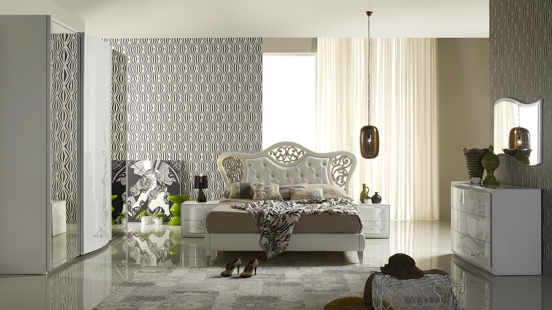 Hilton Weiss mit 3-trg Schwebetürenschrank Schlafzimmer – Yuvam ...